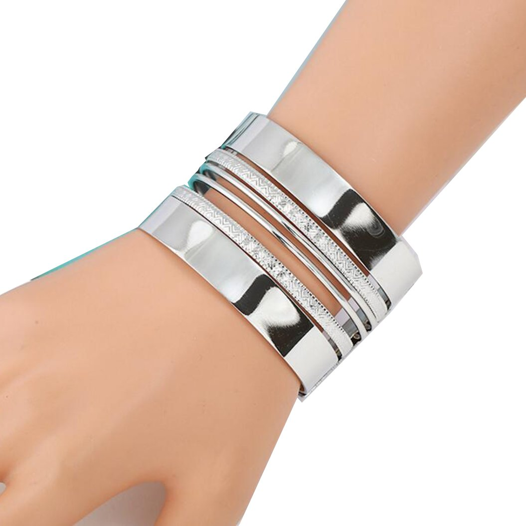 Striped hollow metal bracelet (Silver)
