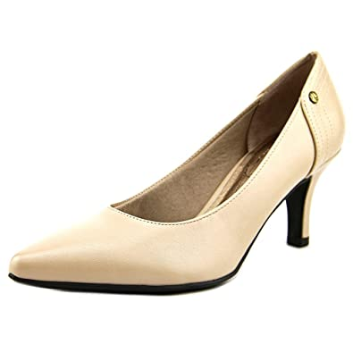 dea5640acd Amazon.com | LifeStride Women's Star Tender Taupe Shoe | Pumps