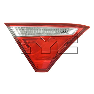TYC 17-5536-00-9 Replacement Reflex Reflector Compatible with Toyota Camry: Automotive