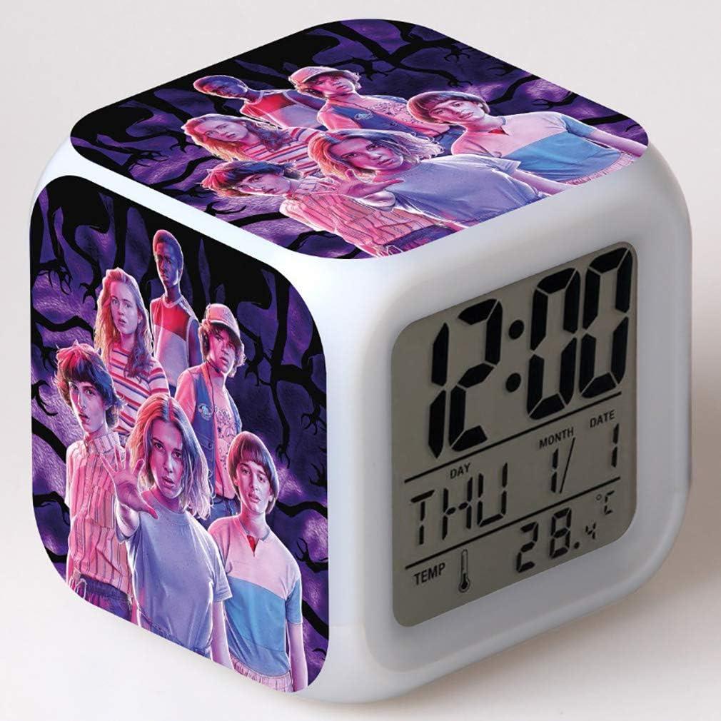 Despertador digital SXWY Stranger Things Season, luces de colores, reloj despertador, reloj cuadrado disponible, carga USB adecuada para niños y niñas, regalos especiales (06)
