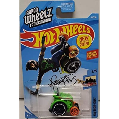"Hot Wheels 2020 HW Ride-Ons Wheelie Chair (Aaron ""Wheels"" Fotheringham) 65/250, Green: Toys & Games"