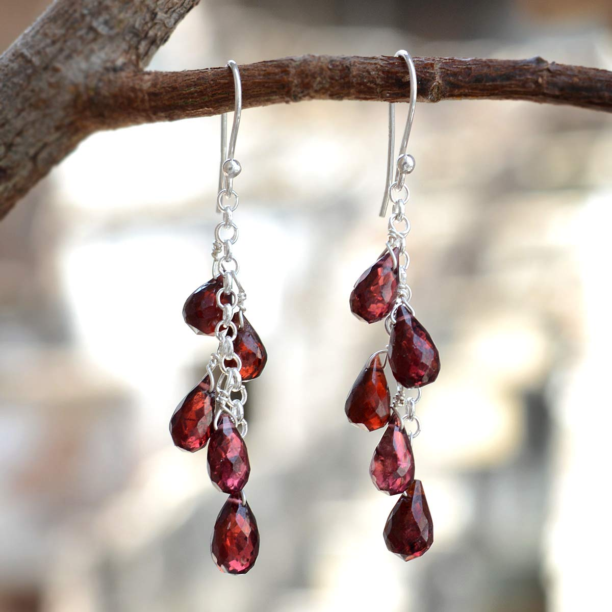 Silvestoo Jaipur Red Garnet Gemstone 925 Sterling Silver Dangle Earring PG-156299