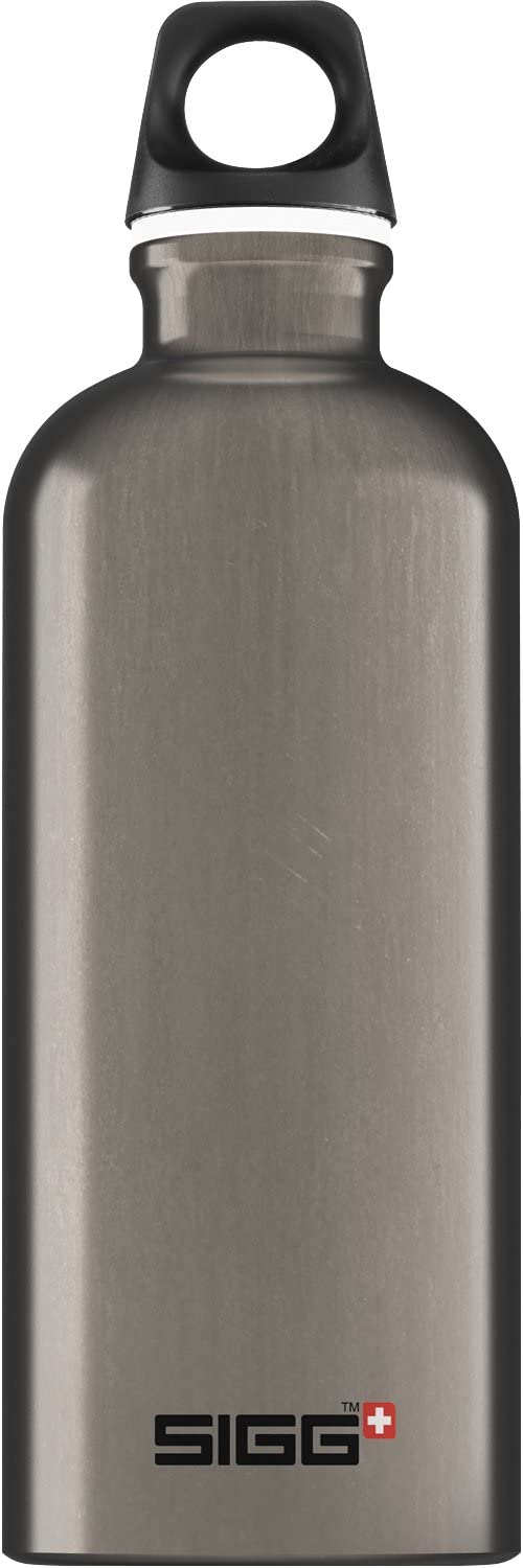 SIGG Aluminum Traveller Water Bottle (0.6 L), Smoked Pearl, Lightweight Reusable Water Bottles, Easy-Carry Leak Proof Water Bottle, Travel Bottles for On The Go, BPA-Free