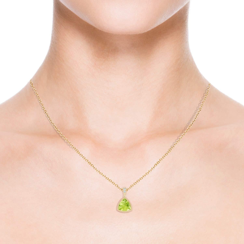 Bezel-Set Trillion Peridot Pendant with Milgrain 8mm Peridot