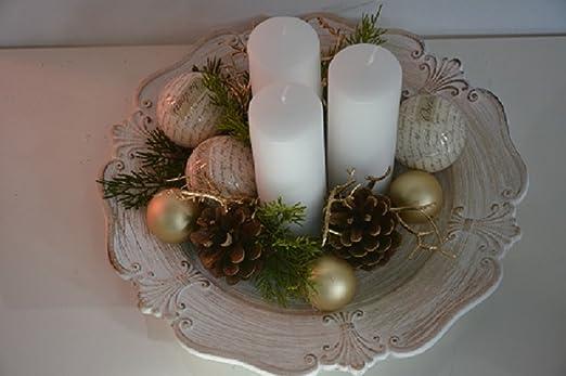 Centro de mesa navideño Composta de un plato Dai detalles dorados ...