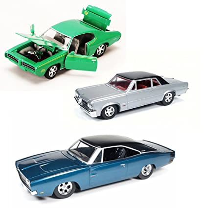 Amazon Com Best Of 1960s Muscle Cars Diecast Set 5 Set Of Three