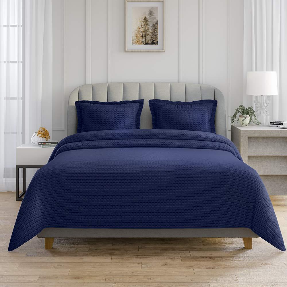 AXIA 3-Piece Reversible Super-Soft Bedding Quilt set, Lightweight Microfiber Bedspread Coverlet Set 2 Pillow Shams (Queen, Navy Blue)