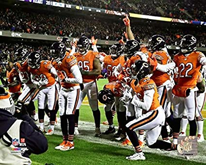 247a075d6 Amazon.com: Chicago Bears Defense 2018 Touchdown Celebration Photo ...