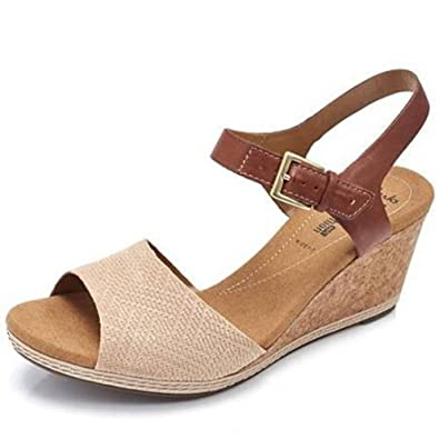 9fc466d9b0e clarks Helio Jet Wedge Sandal Wide Fit - Nude Suede - UK 7 E  Amazon.co.uk   Shoes   Bags