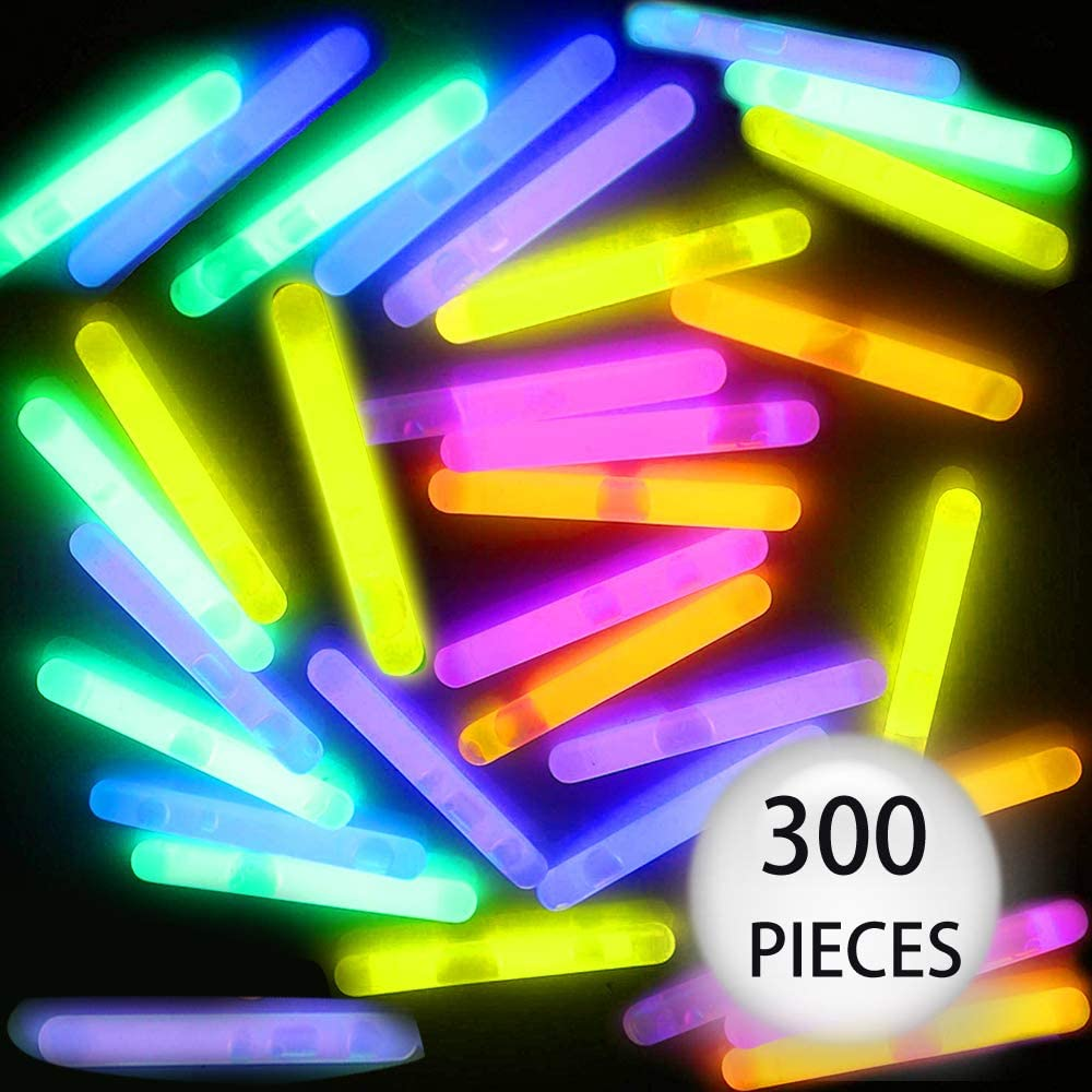 GiftExpress 100 Pcs Small Green Glow Sticks//Mini Glow Sticks//Fishing Floats Perfect for Stuffing Easter Egg//Zombie Party//Easter Egg Hunt//Halloween Decoration