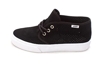 Vans Men s Prairie Chukka Low Top Lace Up Skateboarding Shoes (Perfed  Suede) Black 10 b78e15f71