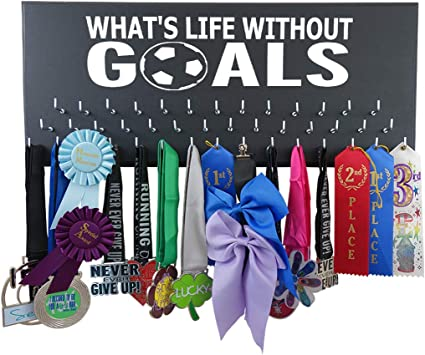 Amazon.com: Soporte para medallas de fútbol para correr en ...