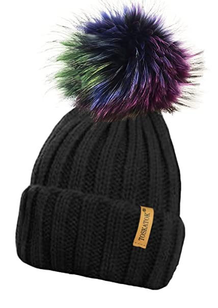 a83cdec03a9 TOSKATOK® Ladies Chunky Soft Ribbed Beanie Hat with Detachable Extra Large  Multicoloured Fur Pompom-BLACK  Amazon.co.uk  Clothing