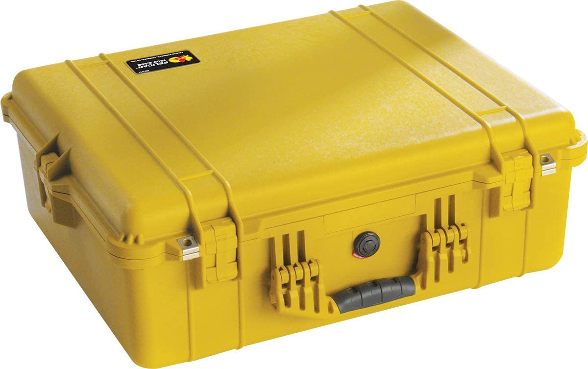 Pelican 1600 Camera Case With Padded Dividers (Yellow)
