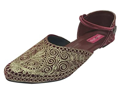 b6b76246d93e Image Unavailable. Image not available for. Color  Step n Style Indian  Shoes Punjabi Jutti Bridal Shoes Khussa Shoes Mojari ...