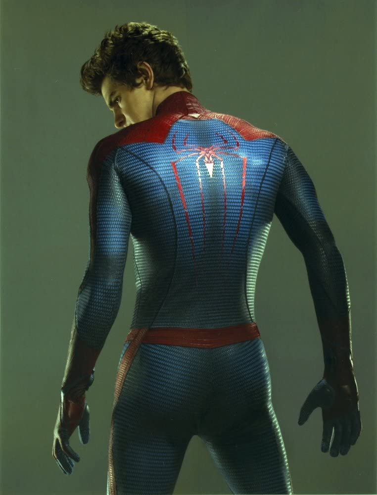 Amazon Com Andrew Garfield In A Spiderman Costume Looking Back In Gray Background Photo Print 8 X 10 Posters Prints