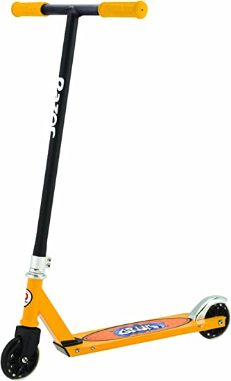 Amazon.com : Razor Patinete Grom - Black / Yellow : Sports ...