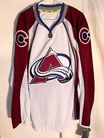 Colorado Avalanche NHL Authentic Ice Hockey Jersey with Fight Strap - Mens  Large   50  Amazon.co.uk  Sports   Outdoors ab694079044