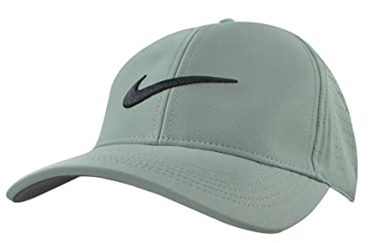 06b33319b8c Amazon.com  NIKE AeroBill Legacy 91 Perforated Golf Cap  Sports ...