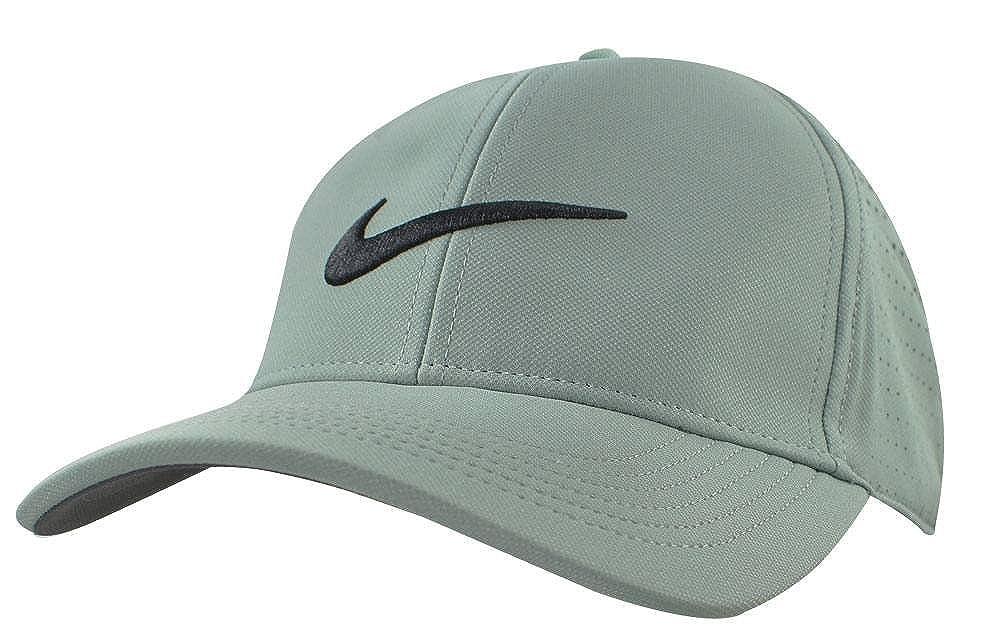 f17e5fd0 Amazon.com: NIKE AeroBill Legacy 91 Perforated Golf Cap: Clothing