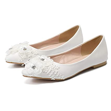 ac2f4da4d4fb Amazon.com  CJJC White Wedding Shoes for Women