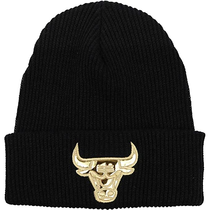 207cb448b74 Mitchell   Ness Men s NBA Chicago Bulls Foil Leather Cuffed Knit Beanie  Black Gold