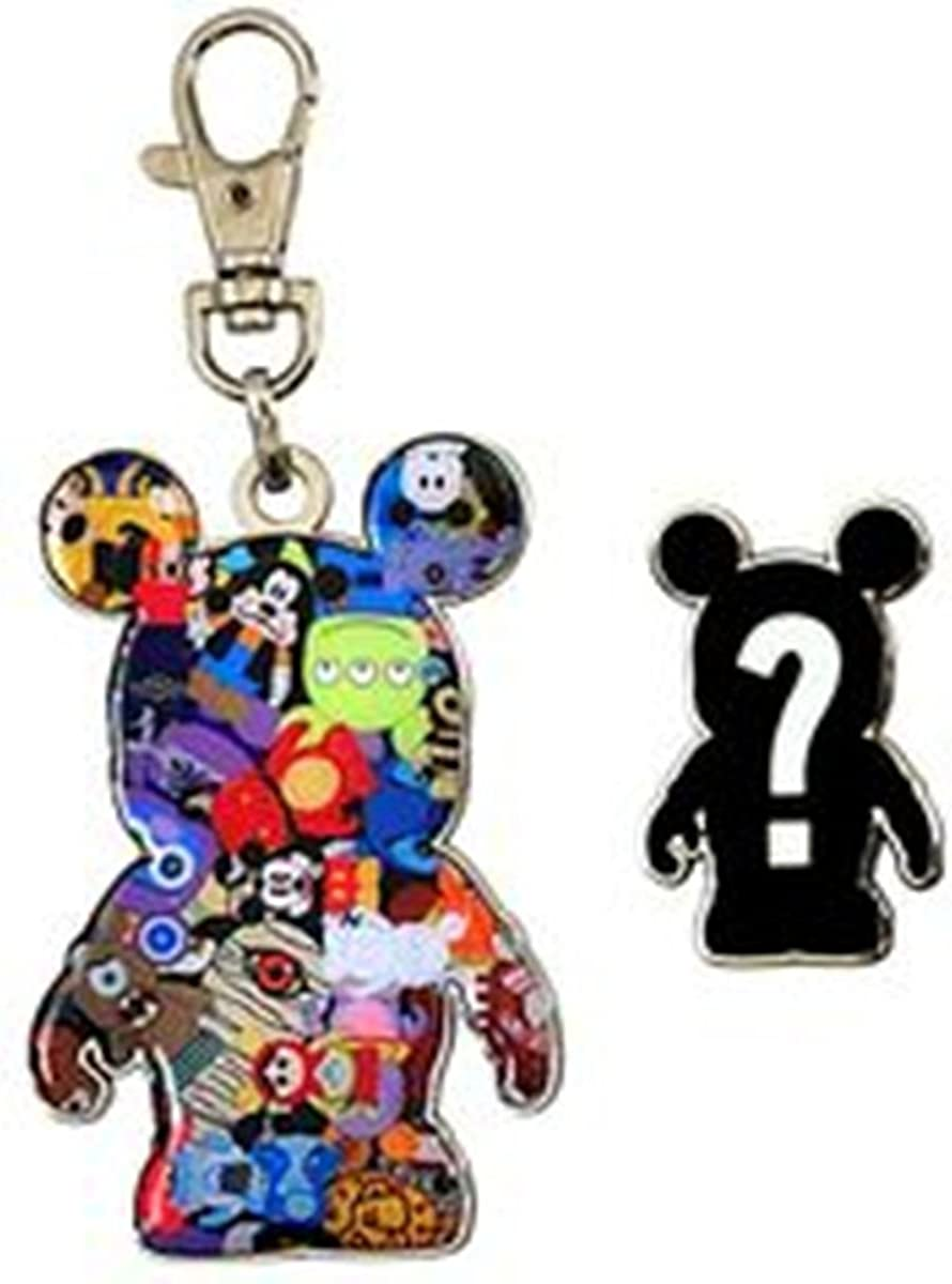Vinylmation Disney Pin 82449 Lanyard Medal and Pin Set