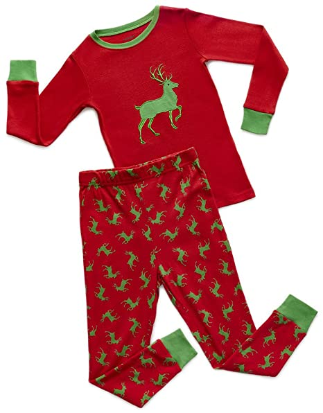 4e068c9672a4 Amazon.com  Leveret Kids Christmas Pajamas Boys Girls   Toddler ...