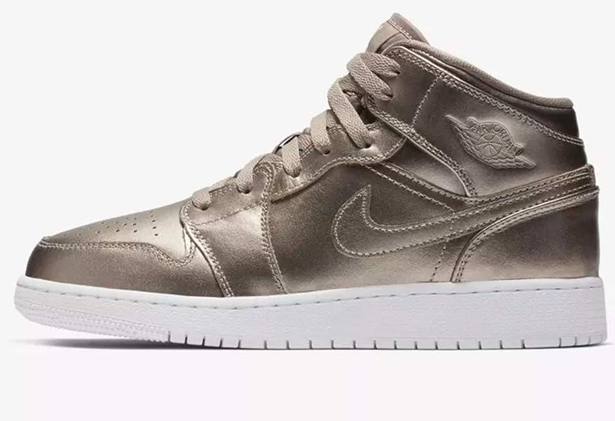 8335db9c2b1c21 Jordan Air Jordan 1 Mid Se (gs) Big Kids Av5174-200 Size 6
