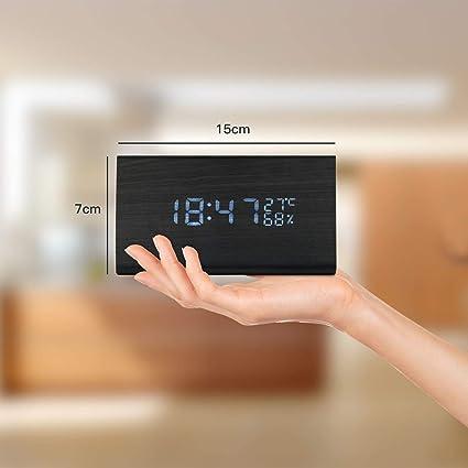 JoyShop Reloj Despertador Reloj Digital de Madera Triángulo LED Reloj de Escritorio de Alarma de Madera con Fecha y Temperatura Control táctil por Voz ...