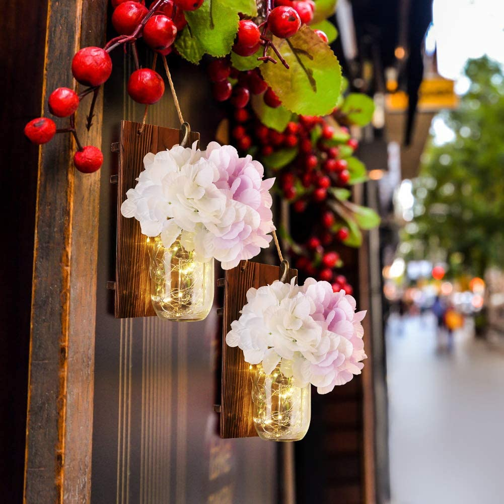 Emotionlite Tarro de masón lámpara de pared,Aplique de madera rústico,Ganchos de hierro forjado,Hortensia de seda y diseño de luces de tira LED para decoración del hogar (2 Paquete )
