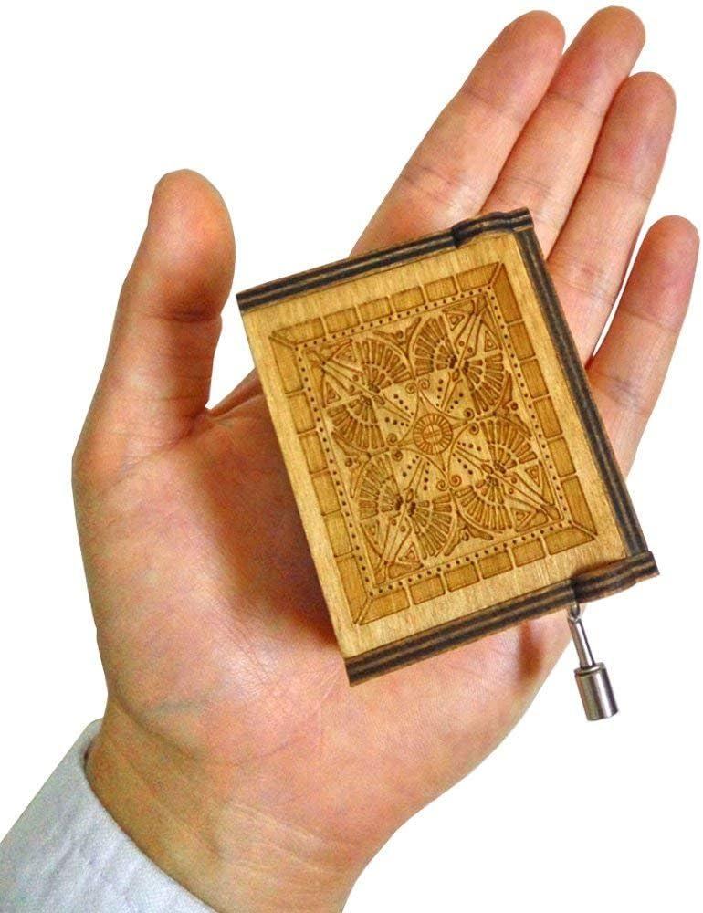 LLuuer Antike geschnitzte h/ölzerne Spieluhr Handkurbel Musik