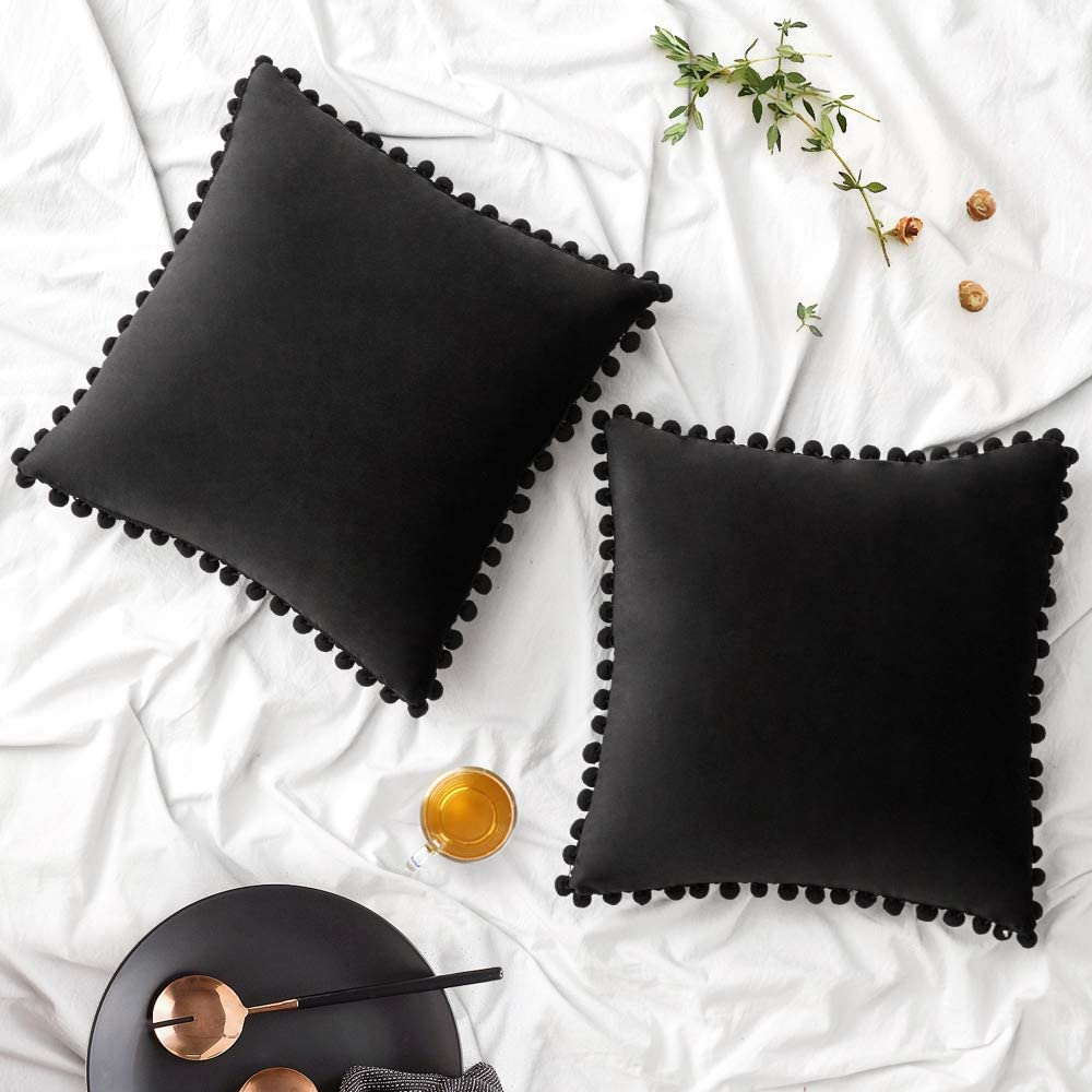 Woaboy Pack of 2 Velvet Throw Pillow Covers Pompom Decorative Pillowcases Solid Soft Cushion Covers with Poms Square for Couch Living Room Sofa Bedroom Car 20x20inch 50x50cm Black