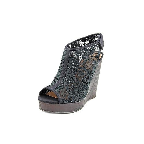 9254bb34550 Lucky Brand Women s Rezdah2 Crochet Platform Wedge Sandals Size 7.5 M US   Amazon.ca  Shoes   Handbags