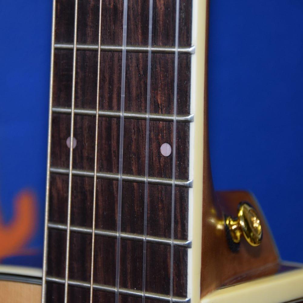 Chitarra acustica elettrificata a spalla mancante IBANEZ