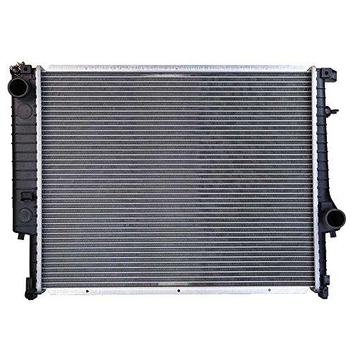 Prime Choice Auto Parts RK706 New Complete Aluminum Radiator ()