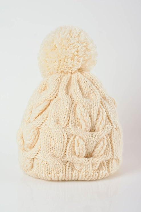 Gorro de abrigo para mujer tejido a dos agujas de lana artesanal original