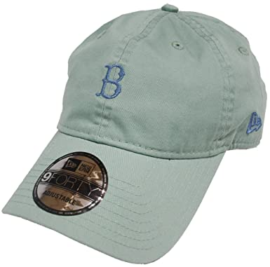 36d60dbf9c2a New Era Boston Red Sox Unstructured Season 9forty Adjustable Strapback Cap  940  Amazon.co.uk  Clothing