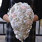 Luxurious-wedding-bouquets-for-bride-covered-diamond-wedding-bouquet-brooches-flower-pearl-bride-holding-bouquet