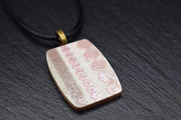 c7af7c06584d Joyeria de cerámica para mujer Cadena en beige rosa marrón Bisuteria Collar  artesanal handmade con colgante