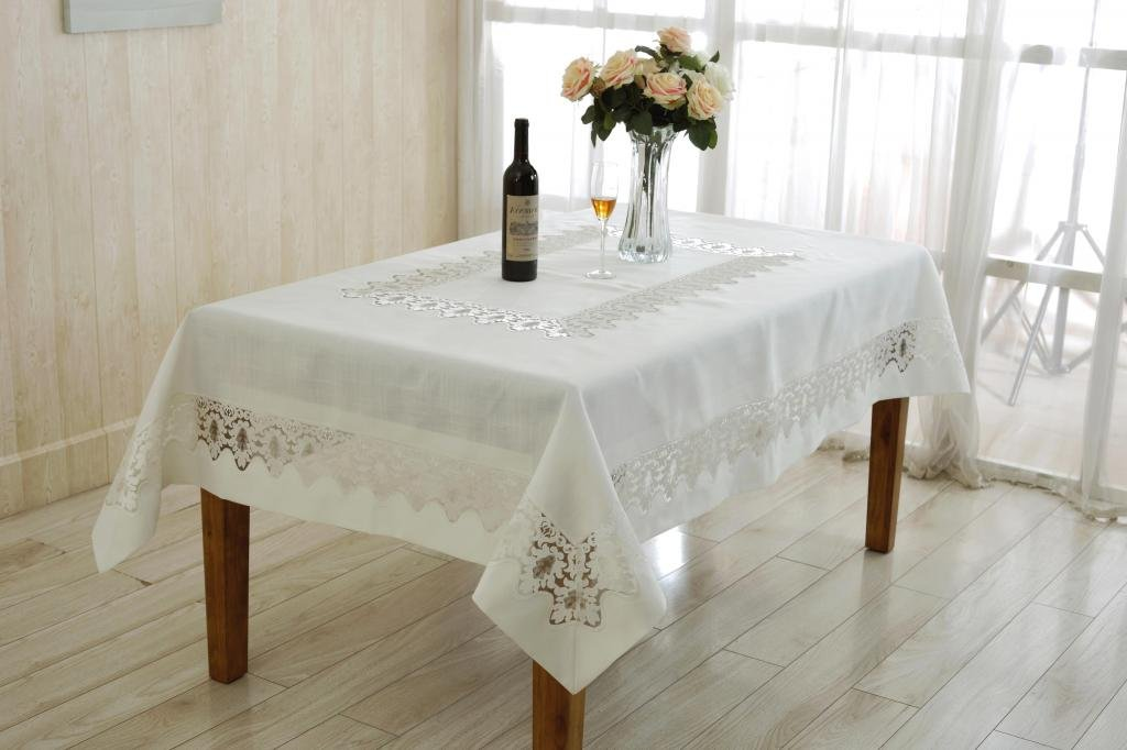 Violet Linen Versalies Embroidered Vintage Lace Design Oblong/Rectangle Tablecloth, 70'' x 108'', Cream by Violet Linen (Image #1)