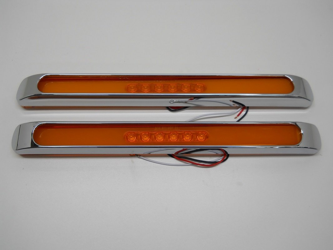 2 United Pacific GLO BAR Amber 28 LED 17 Trailer Truck Marker Turn Signal Lights//Chrome