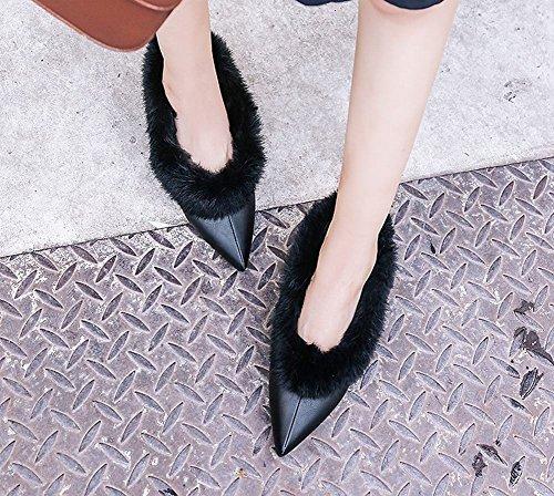 Charme Voet Dames Mode Puntschoen Namaakbont Midden Hak Pomp Schoenen Zwart