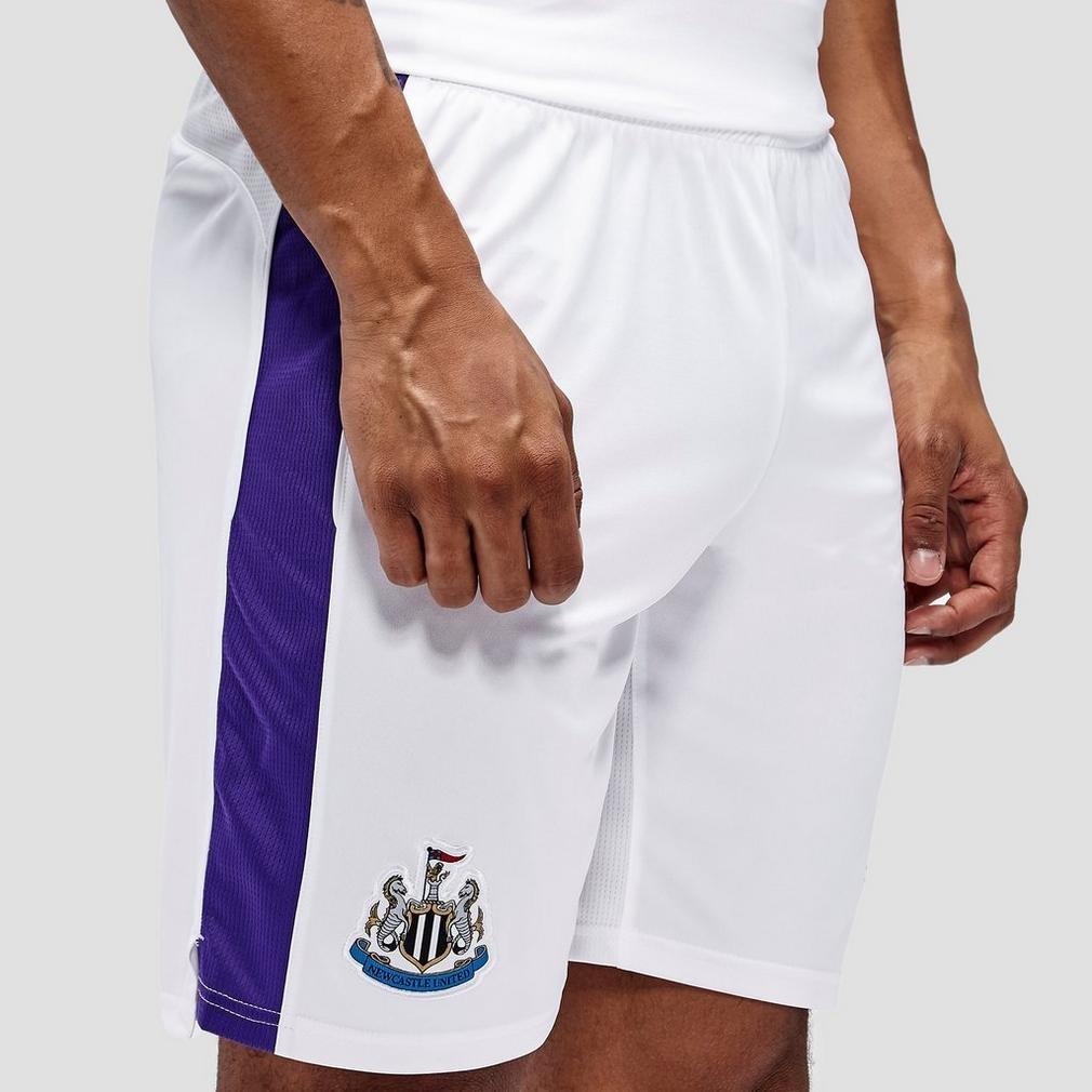 2016-2017 Newcastle Third Football Shorts (White) B01AYDHWMG Large Adults|White White Large Adults, ainahaina d77ca9cd