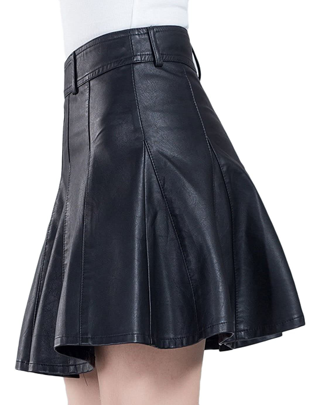 a56dc779b41 chouyatou Women s Casual Side Zipper Flare Pleated Faux Leather Skater  Skirts at Amazon Women s Clothing store