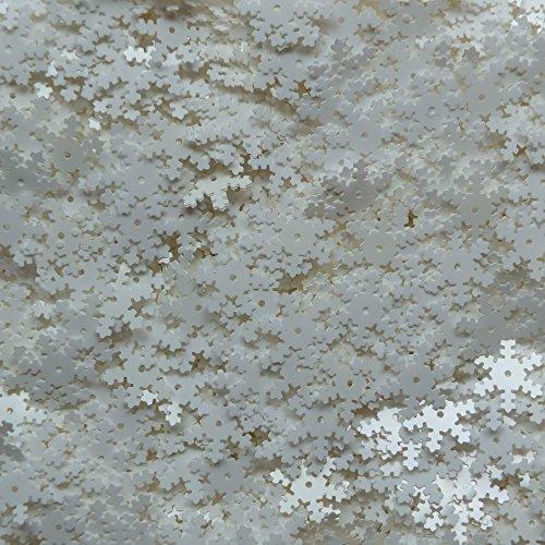 White Snowflake Sequin 15mm (5/8