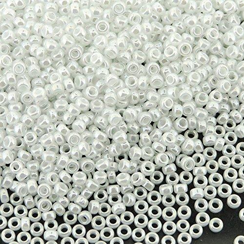 Seed Pearl (Miyuki Round Seed Bead Size 15/0 8.2g White Pearl)