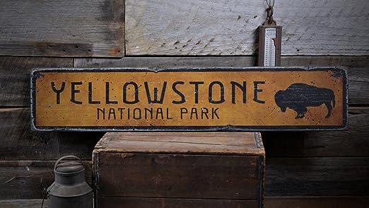 Yellowstone National Park//Rustic Wood Sign//Buffalo//Vintage//Primitive//