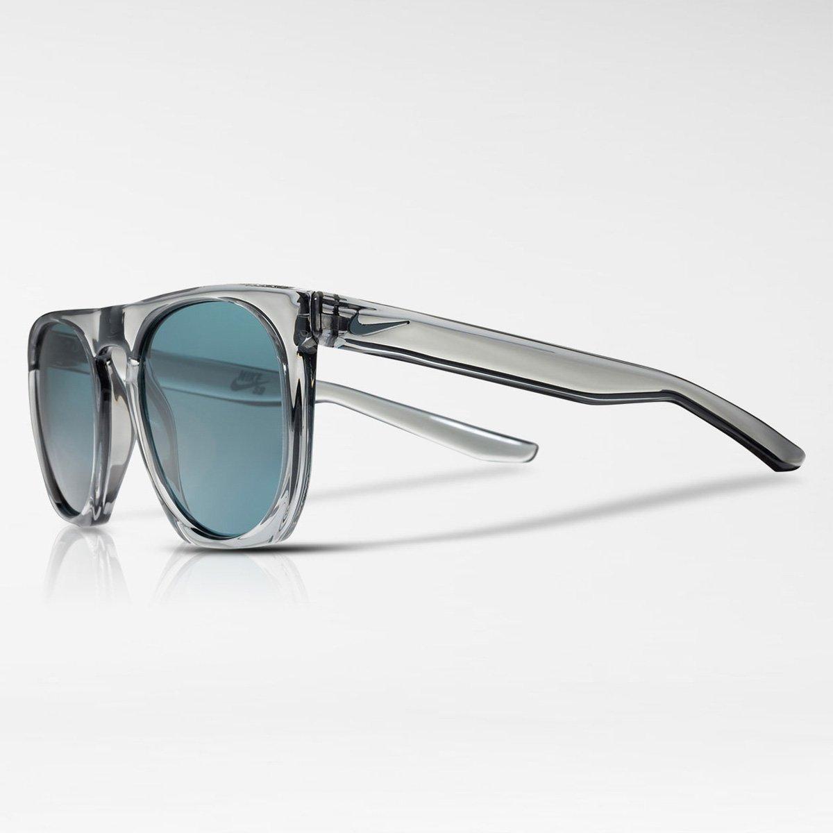 Óculos NIKE Nike Flatspot Ev0923 004 Cinza Translúcido Lente Polarizada  Azul Flash Tam 52  Amazon.com.br  Amazon Moda e6cd332dfa