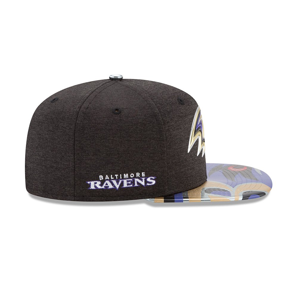 Amazon.com  New Era Baltimore Ravens Draft On Stage 2017 NFL Limited  Edition Snapback Cap M L 9fifty 950  Clothing 35c859cdf8b9